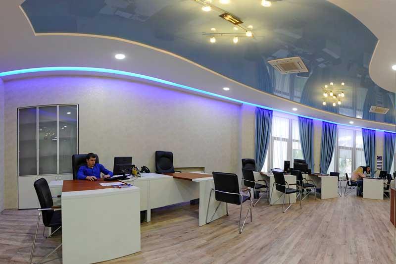 natyazhnoi-potolok-v-ofise10